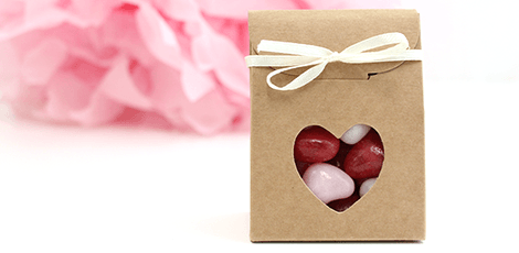 heart-window-wedding-favour-bag-white