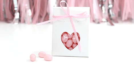 heart-window-wedding-favour-bag