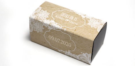 salt and pepper shaker with personalised box