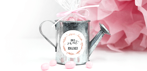 mini-watering-can-sweets-wedding-favour