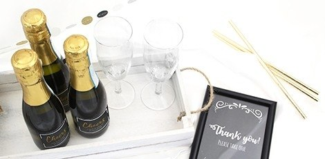 miniature-prosecco-personalised-label-wedding-favour