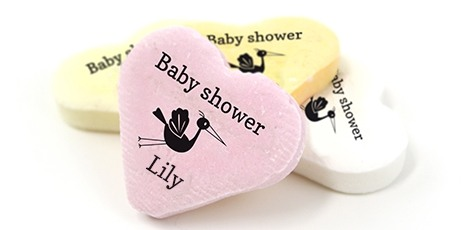baby-shower-favours-big-candy-hearts