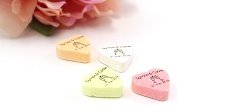 wedding-favours-big-candy-hearts
