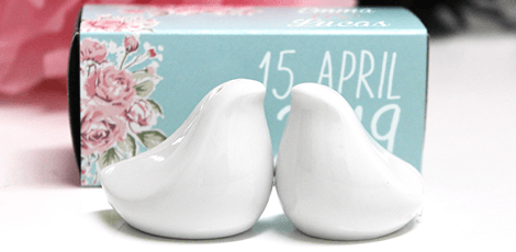 salt and pepper wedding favour