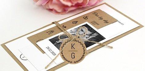 unique-bundle-wedding-invitation