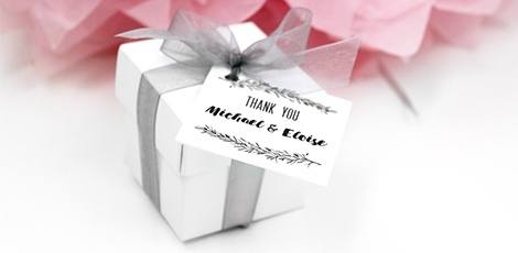 mistletoe-wedding-box-favour
