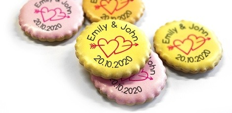 printed-wedding-cookies