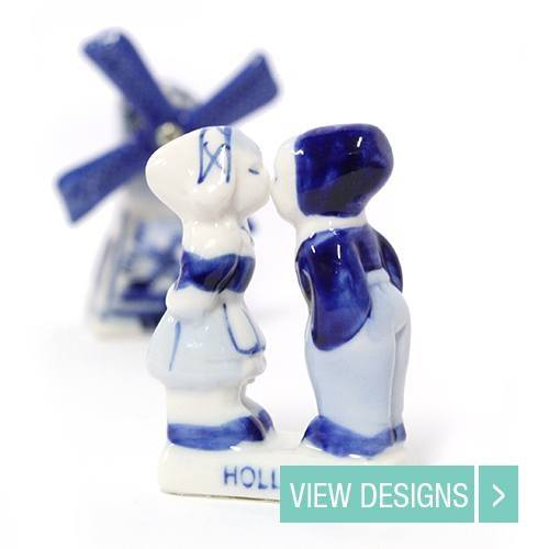 delft-blue-kissing-couple-figurines