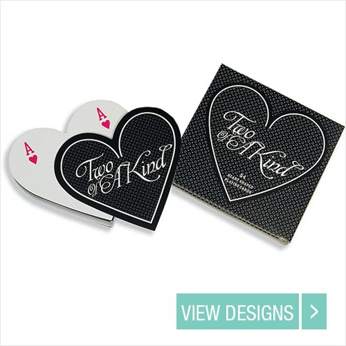 heart-shaped-playing-cards-wedding-favours